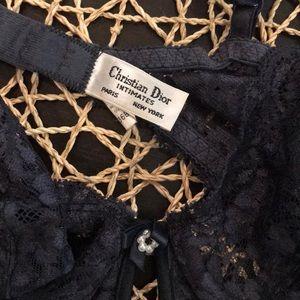 ede742057fa42e Dior Intimates   Sleepwear - Christian DIOR Vintage 36B Lace Bra